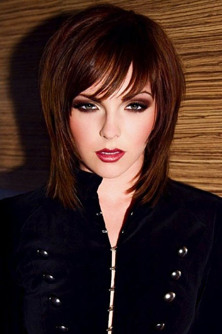 Shaggy-Hairstyles-For-Women-With-Bangs New Short to Medium Hairstyles with Bangs