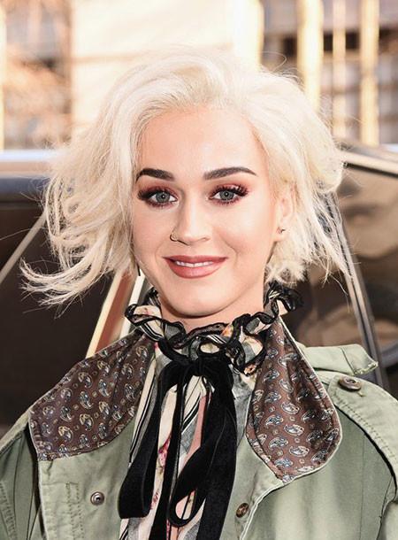 Short-Platinum-Blonde-Hairstyles-018-www.sexvcl.net_ Short Platinum Blonde Hairstyles