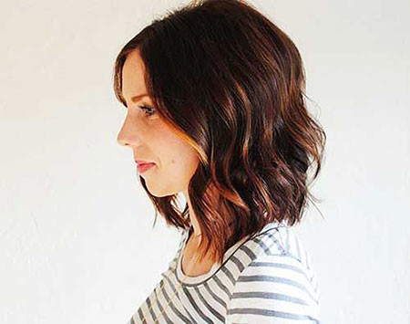 Soft-Waves Short Trendy Hairstyles