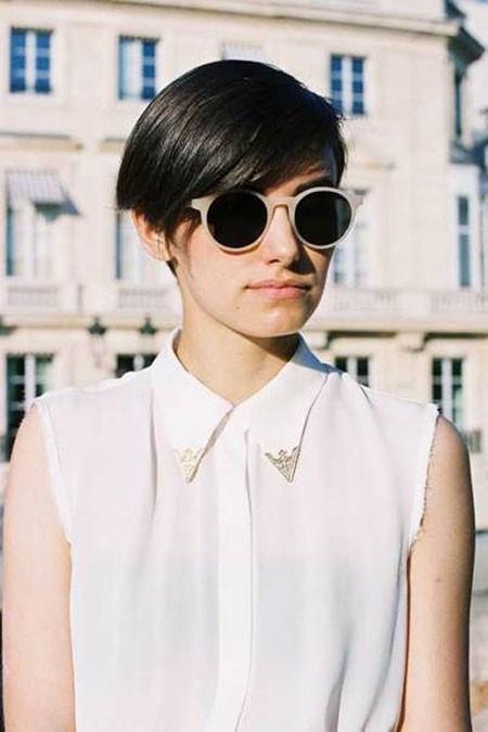 Vanessa-Jackman-Short-Hair Trendy Short Haircuts for Women