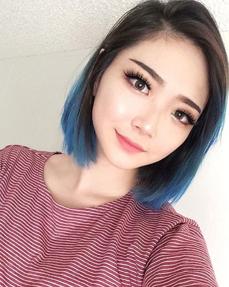 10-Short-Hair-with-Blue-Tips-485 Short Ombre Hairstyles