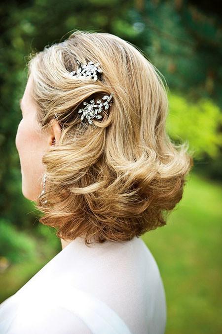 14-Wedding-Hair-Clips-for-Short-Hair-604 Bridal Hairstyles for Short Haircut