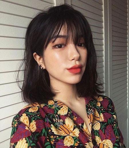 16-See-Through-Bangs-Short-Hair-566 Short Hairstyles for Women