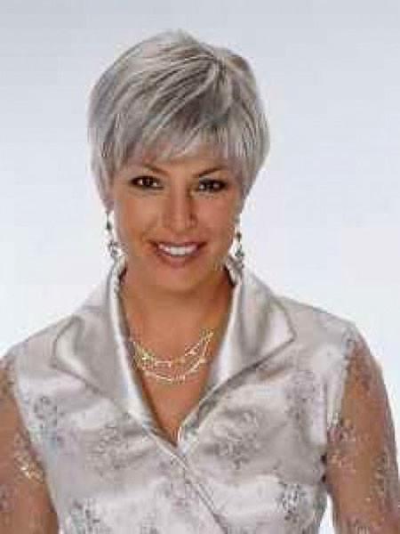 18-Short-Hairtyles-for-Older-Women-674 Short Hairstyles for Women Over 50