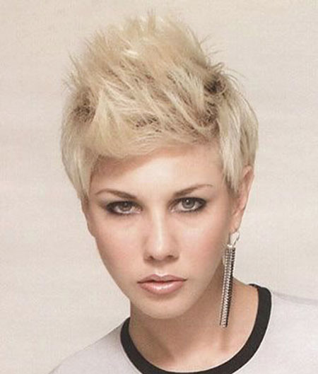 19-Girl-Short-Spiky-Hair-738 Short Edgy Hairstyles