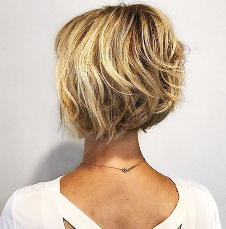 23-Short-Bobs-709 Short Choppy Haircuts