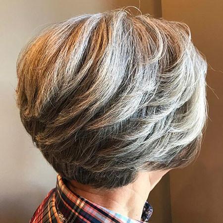 30-Layered-Short-Hair-Styles-Bob-580 Short Hairstyles for Women