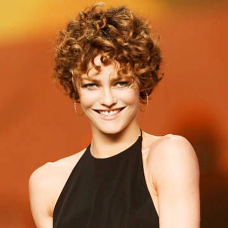 7-Short-Styles-for-Curl-Hair-452 Short Curly Hairstyles for Women