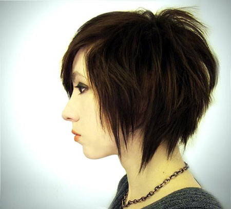 Emo-Bob-Style Short Edgy Hairstyles