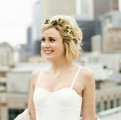 Flower-Crown-Short-Hair Most Beautiful Short Hairstyles for Weddings