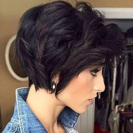 Pixie-Bob-Cut-Trend Short Hairstyles for Women