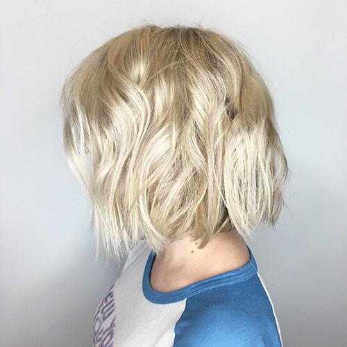 Short-Blonde-Hair-Waves Best Short Hairstyles for Girls 2019