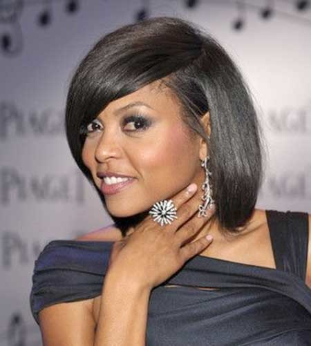 Side-Swept-Short-Hair-with-Inverted-Ends Short Bob Hairstyles for Black Women