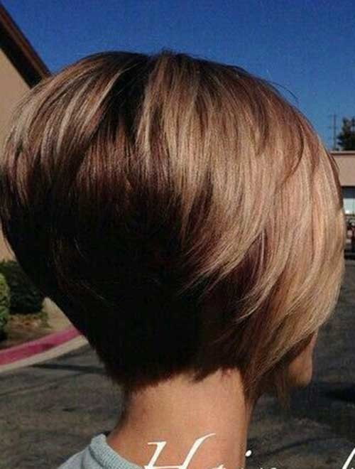 Two-Colored Really Trending Short Stacked Bob Ideas