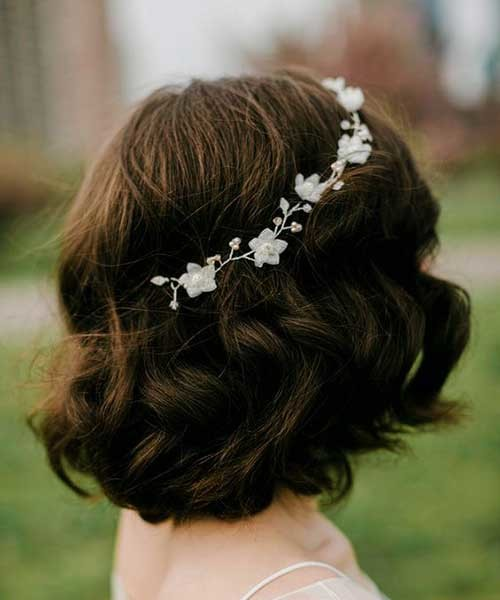 Wavy-Short-Wedding-Hairstyle Most Beautiful Short Hairstyles for Weddings
