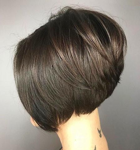 26-Neck-Length-Layered-Bob-Haircut-2018-785 Short Layered Haircuts