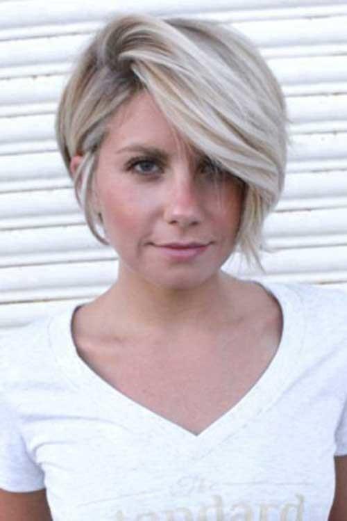 Blonde-Bob-Haircut-for-Fine-Hair Chic Blonde Bob Hairstyles for Women
