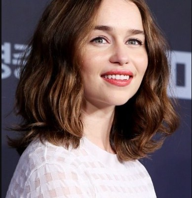Emilia Clarke Chin-Length Bob