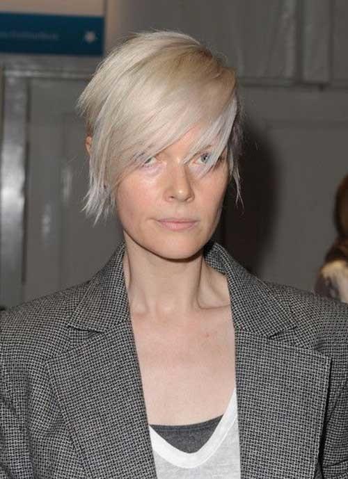 Razor-Cut-Fine-Short-Hair Latest Short Hairstyles with Fine Hair