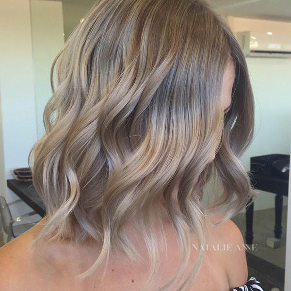 Ash-Blonde-Short-Hair-1 Popular Short Wavy Hairstyles 2019