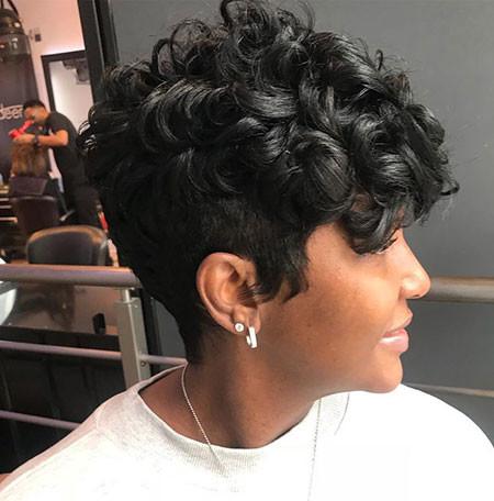 Black-Pixie-Haircut Best Short Hairstyles for Black Women 2018 – 2019