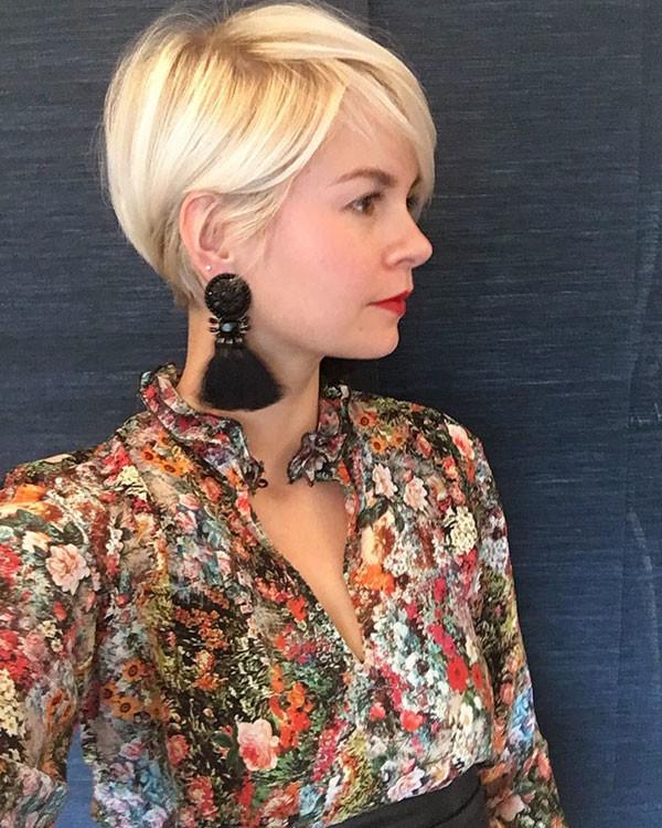 Blonde-Pixie-Haircut Best Pixie Cut 2019