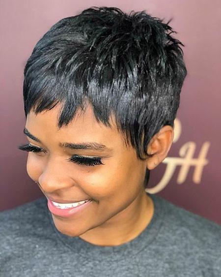 Choppy-Pixie-Hairstyle Best Short Pixie Hairstyles for Black Women 2018 – 2019