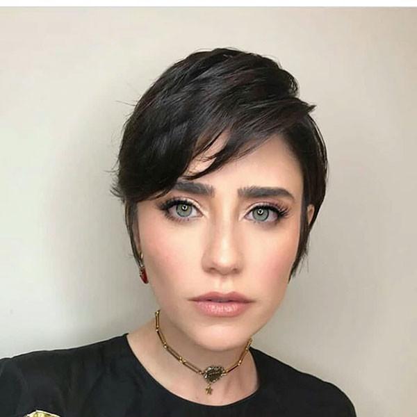Dark-Pixie-Hairstyle Best Pixie Cut 2019