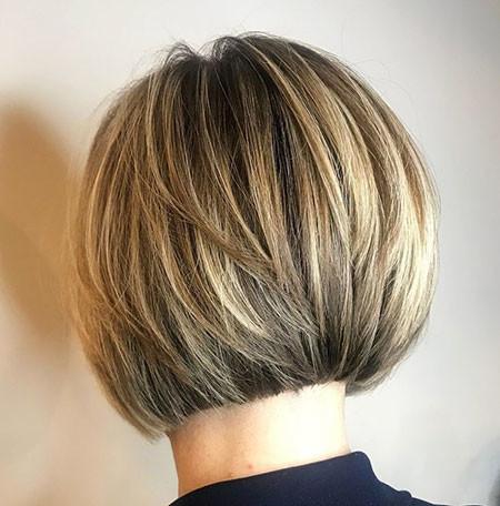 Fine-Hair-Layered-Bob Short Bob Haircuts 2019