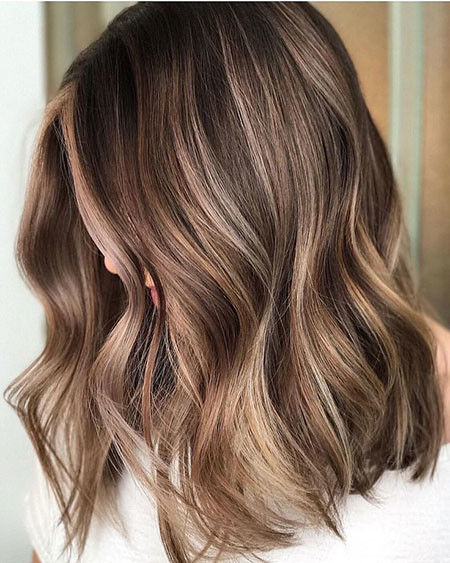 Hair-Color-with-Highlights Popular Short Haircuts 2018 – 2019