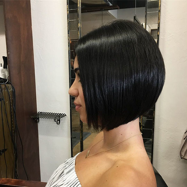 Inverted-Bob-Hair-2 Short Straight Hairstyles 2019