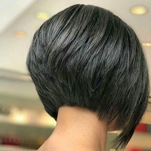 Inverted-Bob-Hair Short Layered Haircuts 2018 – 2019