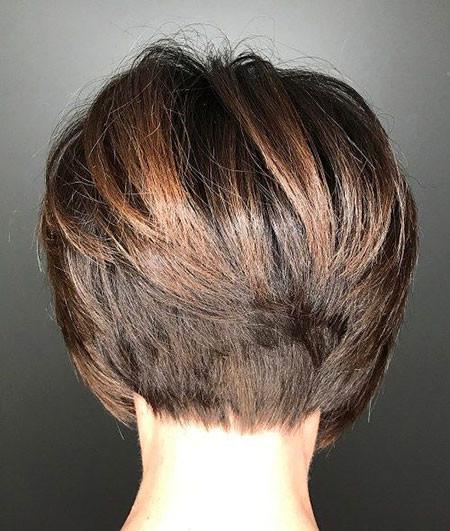 Layered-Bob-Hair Short Bob Haircuts 2019
