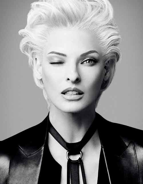 Linda-Evangelista-short-haircut Best Short Haircuts for Oval Faces