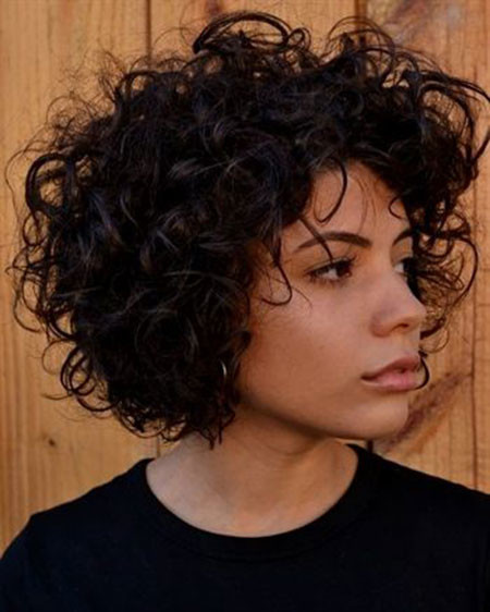 Medium-Cut-Curly Popular Short Curly Hairstyles 2018 – 2019