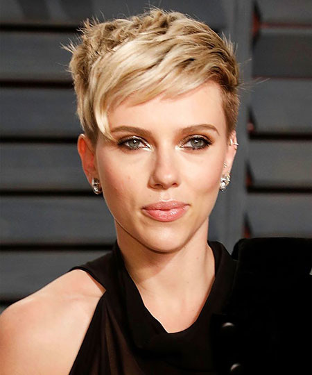 Pixie-Cut-5 Scarlett Johansson Short Hairstyles