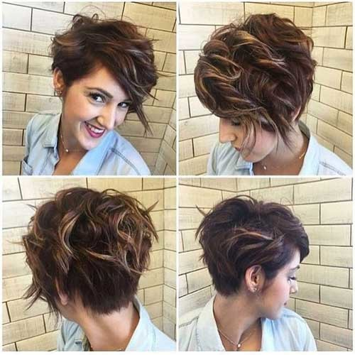 Pixie-Cut-with-Highlights Charming Stacked Short Haircuts for Women