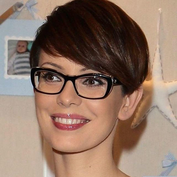 Pixie-Haircuts-with-Glasses Best Pixie Cut 2019