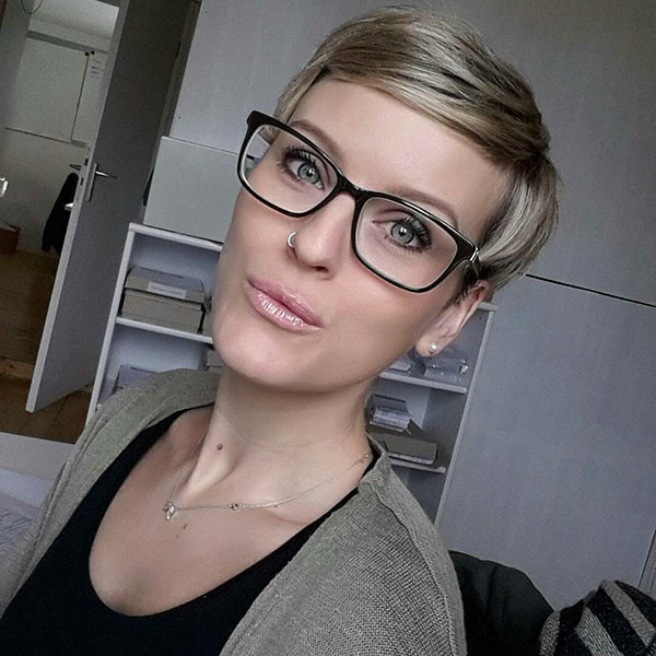 Pixie-Hairstyles-with-Glasses Best Pixie Cut 2019