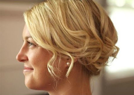 Romantic-Updo Wedding Hairstyles for Short Hair