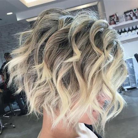 Short-Curly-Shaggy-Bob Popular Short Haircuts 2018 – 2019