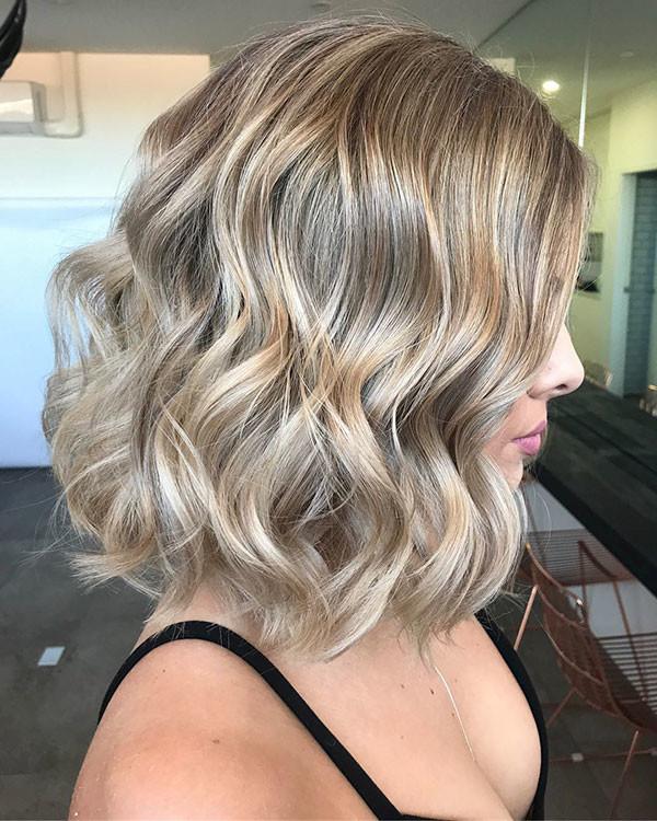 Short-Hairstyles-5 Popular Short Wavy Hairstyles 2019