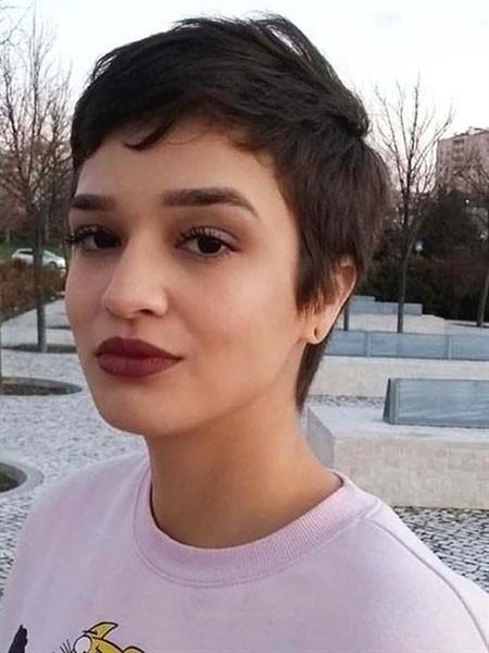 Short-Pixie-Hair Trendy Short Hairstyles 2019