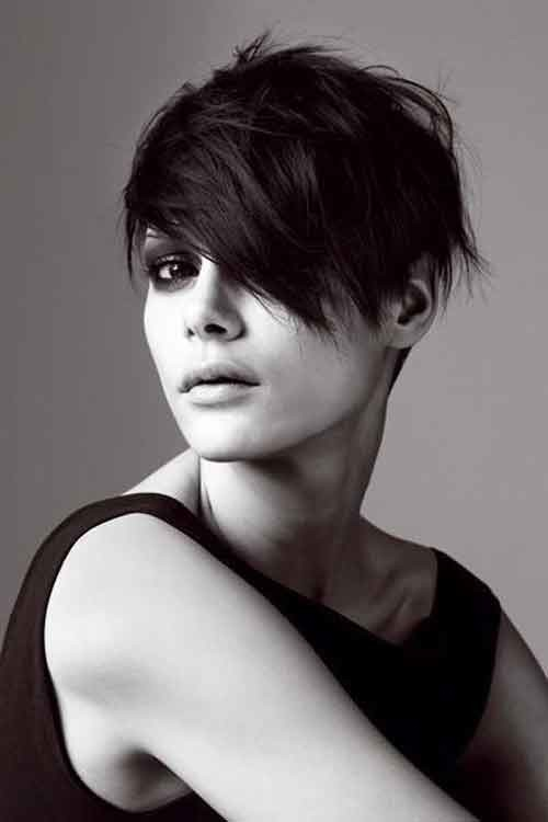 Short-messy-crop Best Short Haircuts for Oval Faces