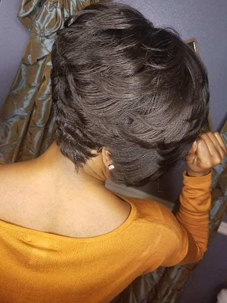 Swoopy-Layers Best Short Hairstyles for Black Women 2018 – 2019