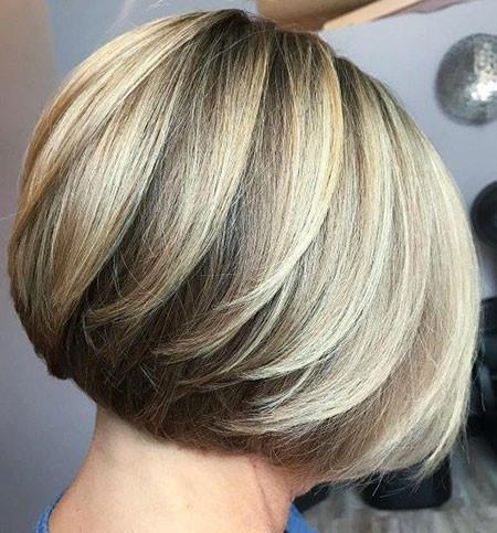 Tousled-Bob Short Bob Haircuts 2019
