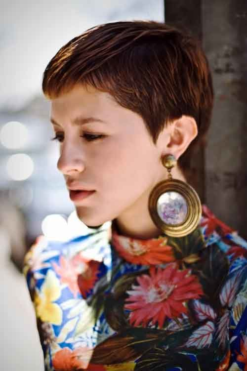 Very-short-haircuts Best Short Haircuts for Oval Faces