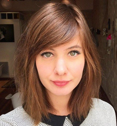 21-short-hairstyles-with-side-bangs Best New Short Hair with Side Swept Bangs