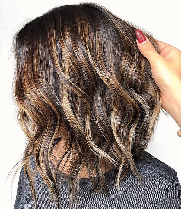 3-short-wavy-hairstyle-2019 Best Short Wavy Hair Ideas in 2019