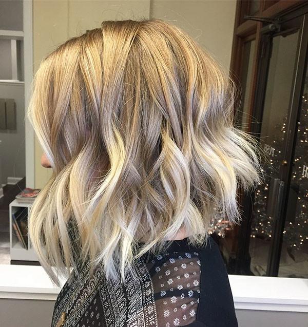 Beachy-Wavy Best Short Wavy Hair Ideas in 2019